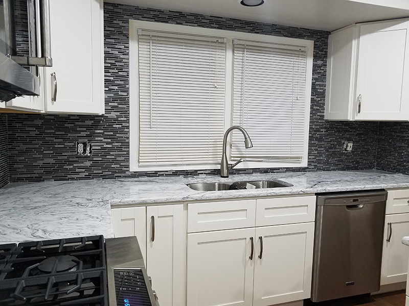 Quartz Countertop Store in Shelby Township | MGW Marble & Granite Works - Sladewski_kitchen_3